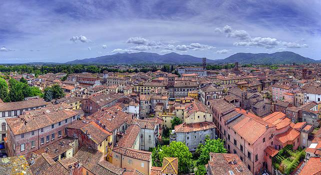 Matt Swinden - Lucca Rooftops