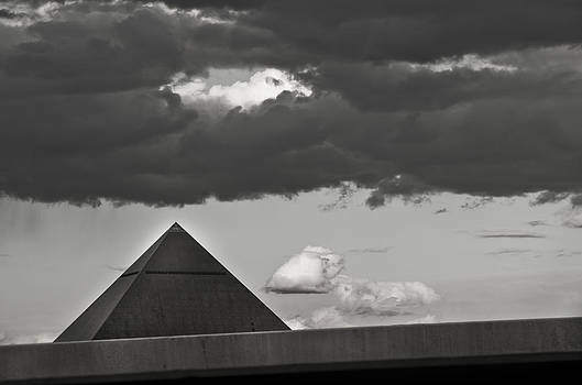 Luxor-3 by Kevin Duke