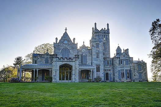 Lyndhurst Mansion by David Clark