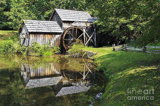 Jill Lang - Mabry Mill in the Summer