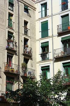 Sophie Vigneault - Madrid Square