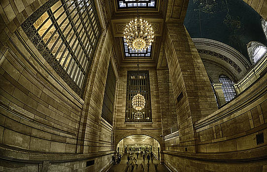 Magnificent Grand Central Terminal by Rafael Quirindongo