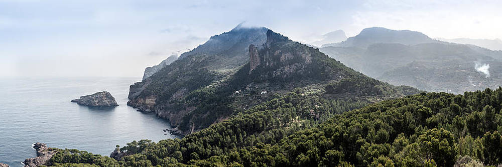 Gary Eason - Mallorca coast north from Torre Picada