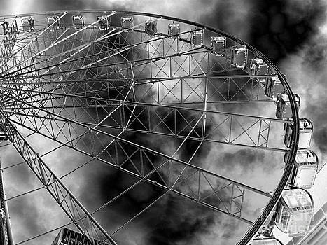 Manchester Wheel 2 by Malcolm Suttle