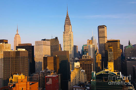 Oscar Gutierrez - Manhattan Skyline in New York City