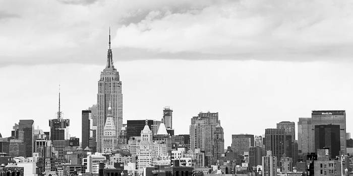 Manhattan skyline by Takeshi Okada