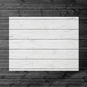 Design Turnpike - Map Of Colorado State Outline White Distressed Paint On Reclaimed Wood Planks
