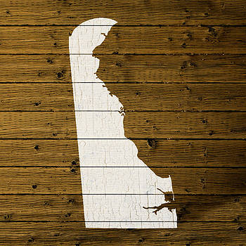 Design Turnpike - Map Of Delaware State Outline White Distressed Paint On Reclaimed Wood Planks.