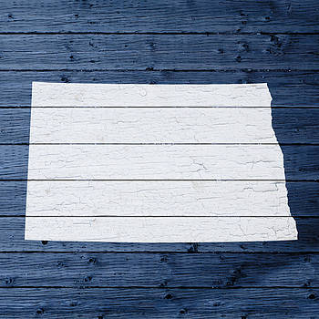 Design Turnpike - Map Of North Dakota State Outline White Distressed Paint On Reclaimed Wood Planks