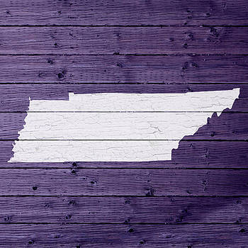 Design Turnpike - Map Of Tennessee State Outline White Distressed Paint On Reclaimed Wood Planks