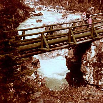 Linda Rae Cuthbertson - Marble Canyon Falls 1960