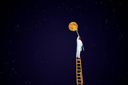 Marco sogna di colorare la luna by Toni Polinni