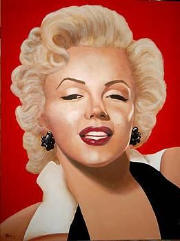 Marilyn by Paul Bennett