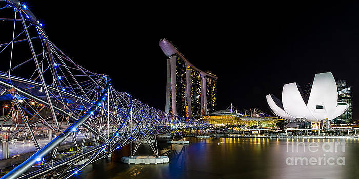Marina Bay Sands by Pete Reynolds