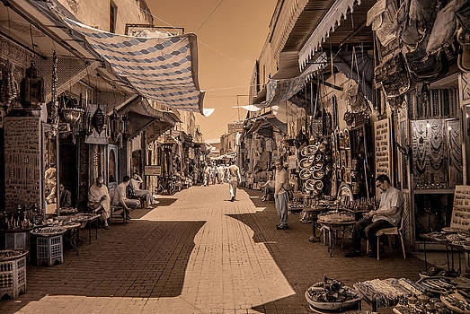 Marrackech Souk at noon by Ellie Perla