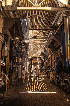 Marrakech Souk with children by Ellie Perla