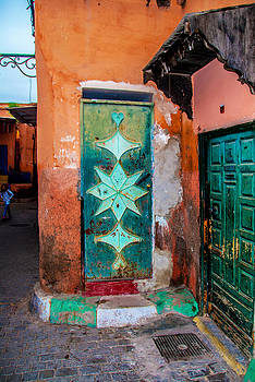 Marrakech - the scars of a city by Ellie Perla
