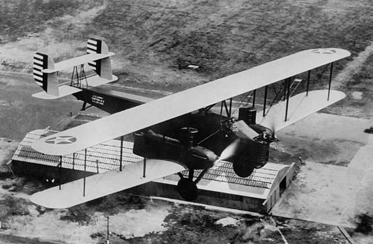 Henri Bersoux - Martin B2 Bomber in Flight