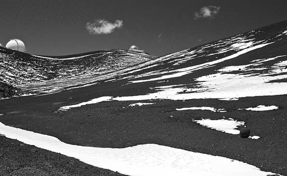 Venetia Featherstone-Witty - Mauna Kea in the Snow