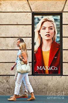 Max Co. store by Luis Alvarenga