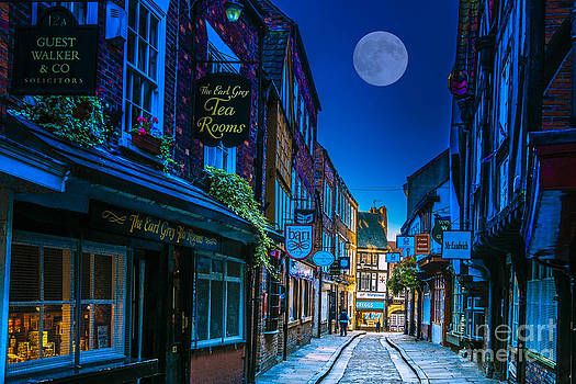 Medieval street in York UK by Lilianna Sokolowska
