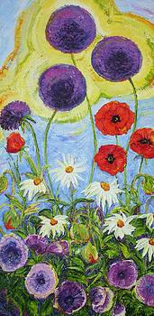 Meegan's Garden of Flowers by Paris Wyatt Llanso