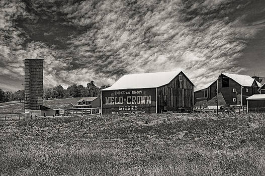Jack R Perry - Melo Crown Barn