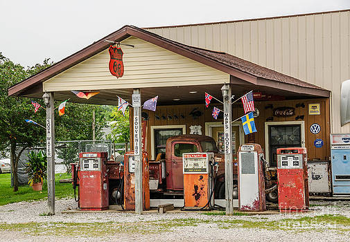 Memories of Route 66 by Sue Smith