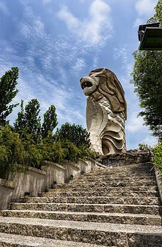 Merlion by Mario Legaspi