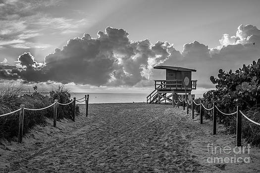 Ian Monk - Miami Beach Entrance Sunrise - Black and White