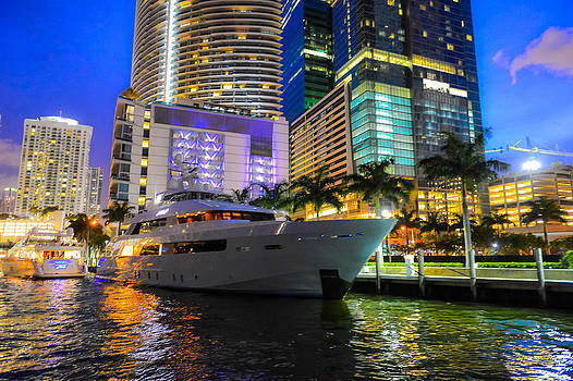 Miami Opulance by Randy Giesbrecht