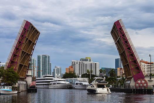 Miami's 5th Street Bridge by Ed Gleichman