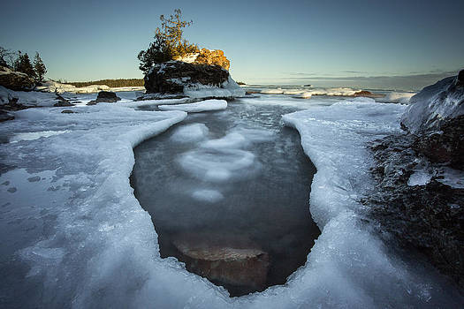 Middlebrun Bay Sunset by Jakub Sisak