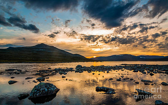 Midnight Sunset by Mikko Karjalainen