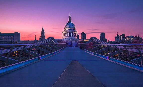 Millennium Bridge London by Fiona Messenger
