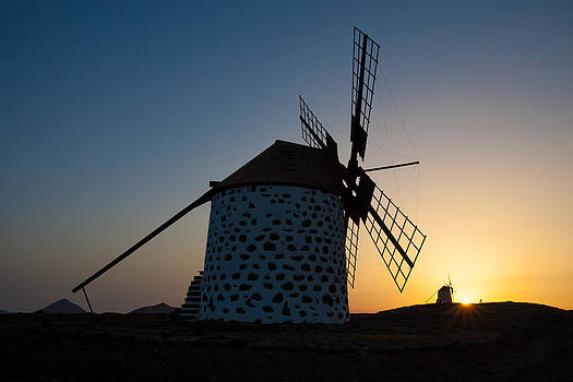 Mills by Angel Sosa