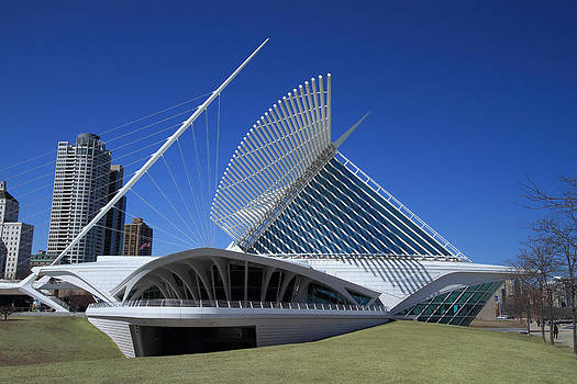 Milwaukee Art Museum - Calatrava by James Hammen