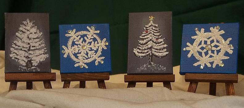 Mini Christmas Canvases with Easels by Betty Taylor