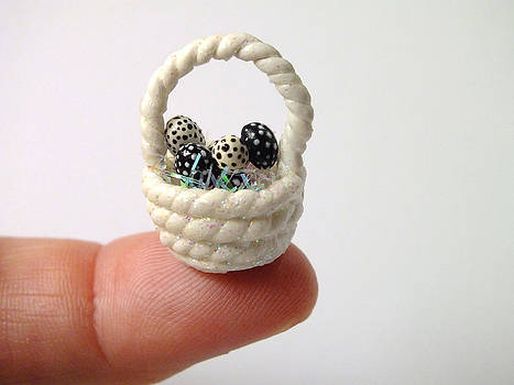Mini Spotted Easter Basket by Wendy McKennon