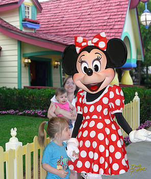 Doug Kreuger - Minnie Mouse Greeting