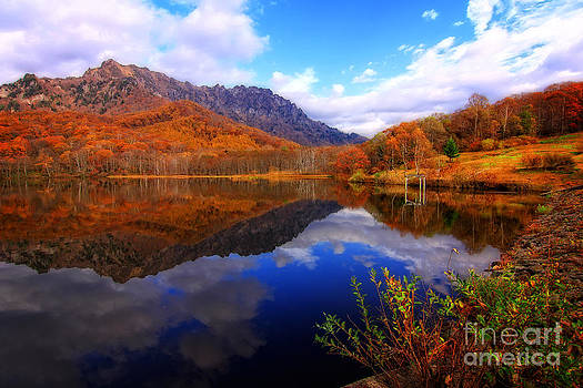 Beverly Claire Kaiya - Mirror Lake Autumn Landscape Reflections on Water