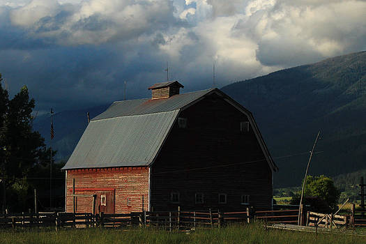 Mission Barn by Jim Cotton