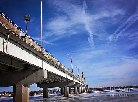 Mississippi Bridge by Shannon Beck-Coatney