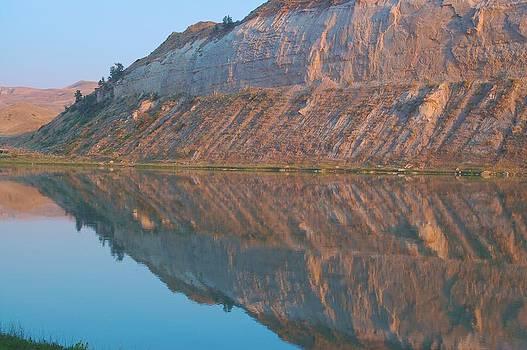 Missouri Breaks Reflection 2 by Larry Bodinson