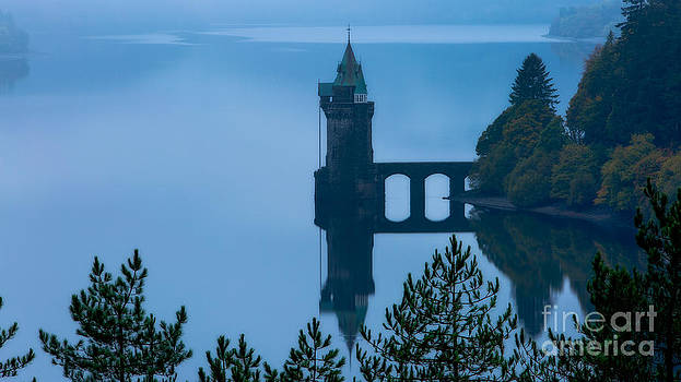 Misty dawn and the filter tower by Pete Reynolds