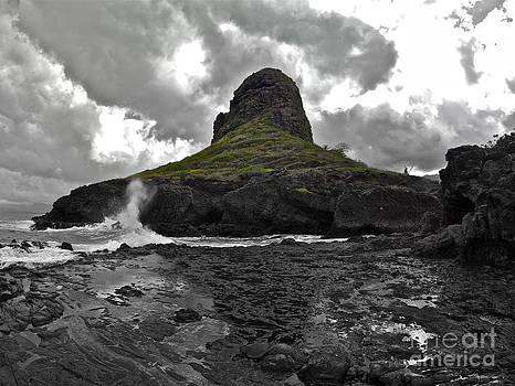Mokoli'i Island by Brian Governale