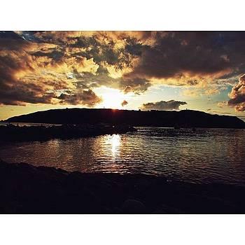 Monhegan Sunset 🌅🙌#latergram by Julie Olesky