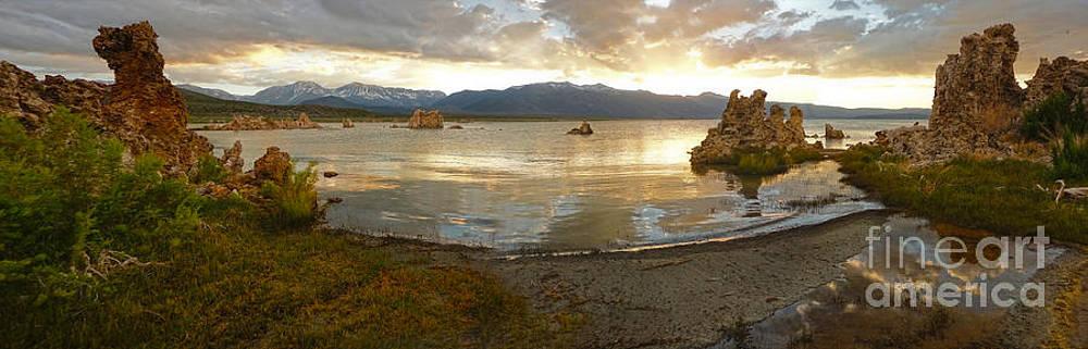 Gregory Dyer - Mono Lake - 28