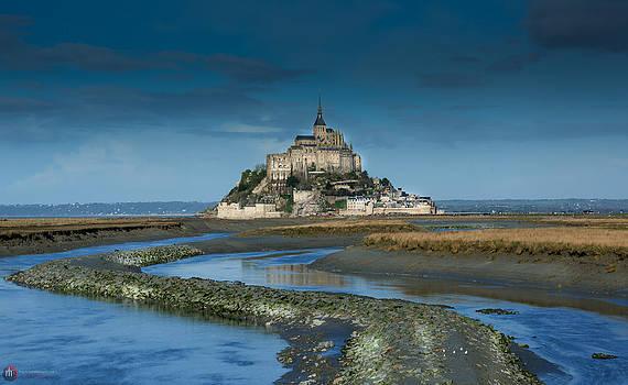 Mont Saint-Michel Digue by Rob Heath