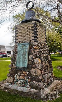 Gregory Dyer - Montezuma Iowa Court House Monument